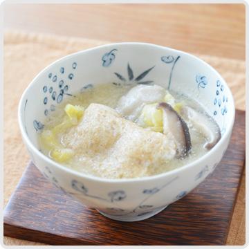 雑穀餅のせ白菜豆乳スープイメージ
