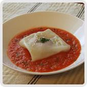 ハムのラビオリ風トマトソース