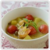 エビとトマトのスープカレー